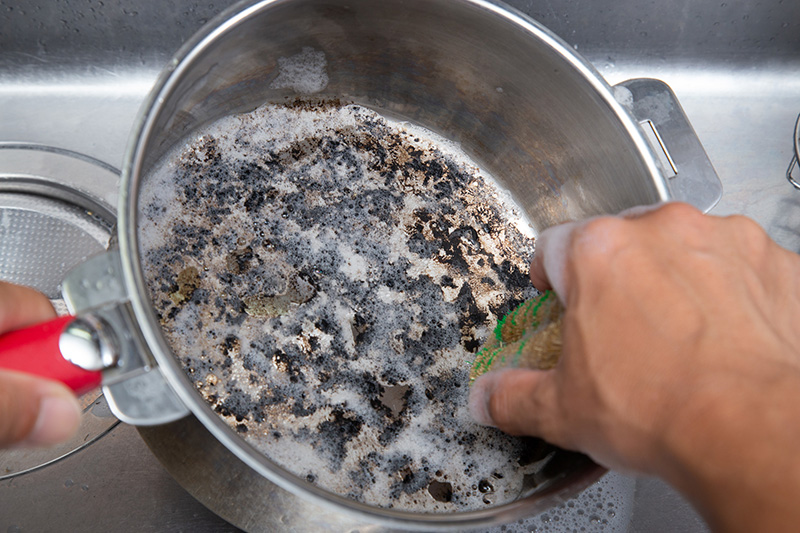 鍋 の 焦げ付き 重曹